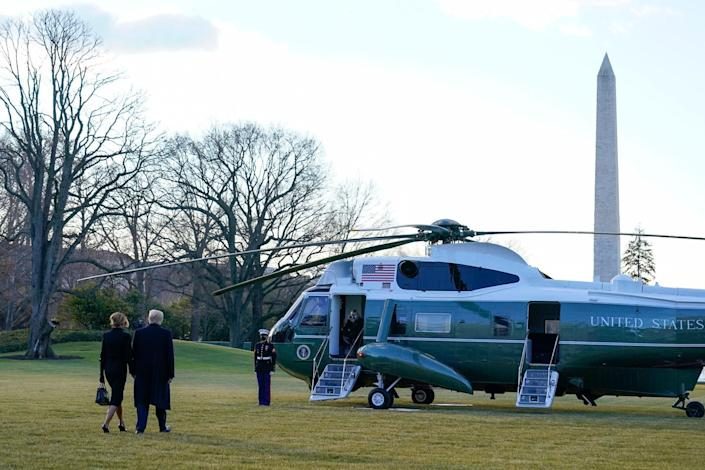 <p>The pair walk to board Marine One on the South Lawn of the White House. </p>