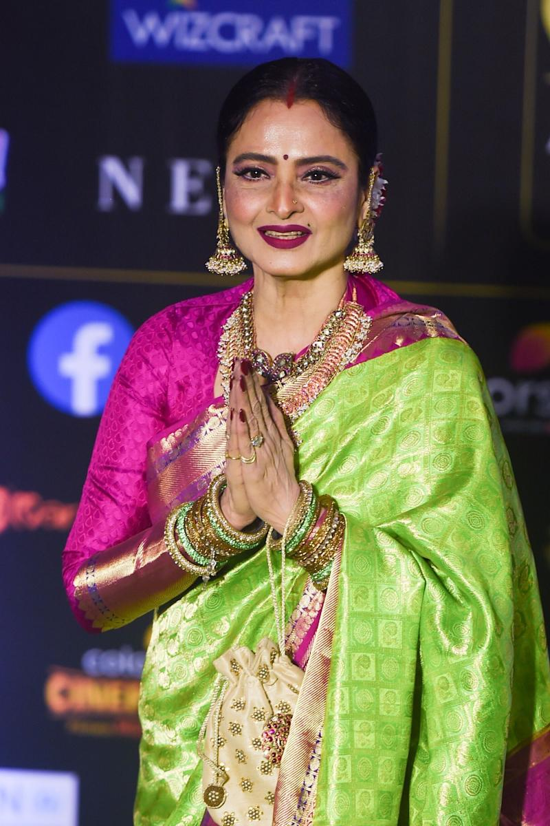 Rekha at IIFA Awards. (Photo: PUNIT PARANJPE via Getty Images)
