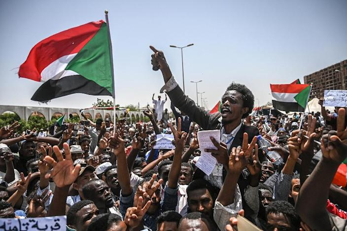 With the ousting last month of Sudanese president Omar al-Bashir in a popular uprising, when civilians massed outside the army headquarters in Khartoum, a major backer of the South Sudan peace deal is gone (AFP Photo/OZAN KOSE)