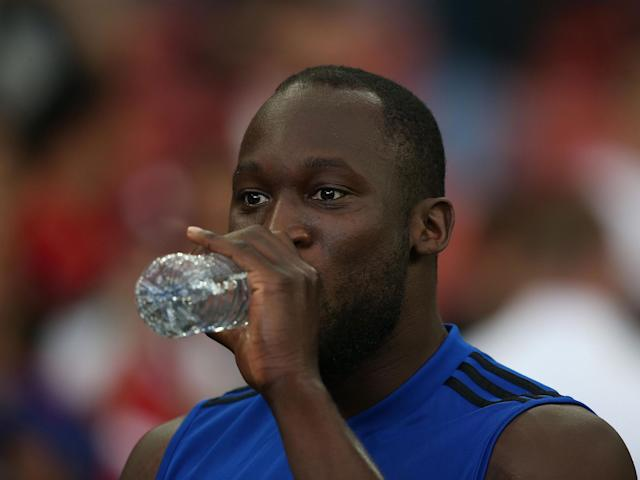 Romelu Lukaku appears to be closer to the Manchester United exit after being left out of the pre-season squad to face Kristiansund. The Belgian has been strongly linked with a move to Serie A, with Inter Milan knocked back with several bids, and now Juventus reportedly interested too. Lukaku appears to be out of Ole Gunnar Solskjaer's plans and has been struggling with an injury, meaning he is yet to take part in pre-season, and he will not feature in Oslo now. A swap deal with the Old Lady could be on, with Paulo Dybala moving in the opposite direction, looks to be an alternative to Inter coming up with enough money to ensure the Red Devils only make a small loss on the former Everton star. United want £75 million, while Alexis Sanchez could be another casualty having also been omitted from the squad. Paul Pogba continue to play his part in pre-season, despite his future also the subject of speculation. Youngsters Mason Greenwood, Tahith Chong and Angel Gomes are all included as they continue to form part of Solskjaer's first team plans. Man United squad Goalkeepers: David De Gea, Lee Grant, Joel Pereira, Sergio RomeroDefenders: Diogo Dalot, Phil Jones, Victor Lindelof, Marcos Rojo, Luke Shaw, Chris Smalling, Axel Tuanzebe, Aaron Wan-Bissaka, Ashley YoungMidfielders: Fred, Angel Gomes, Daniel James, Jesse Lingard, Juan Mata, Nemanja Matic, Scott McTominay, Andreas Pereira, Paul Pogba, Tahith ChongForwards: Mason Greenwood, Anthony Martial, Marcus Rashford.