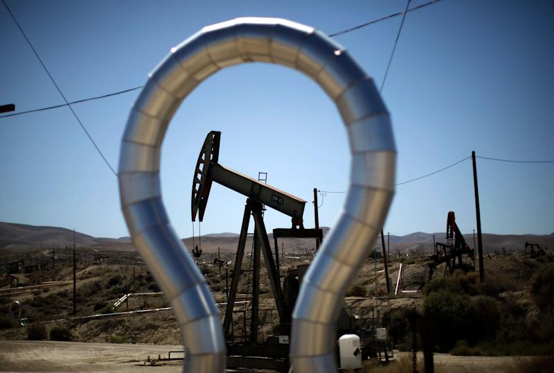 A fracking well.  (Photo: Lucy Nicholson / Reuters)