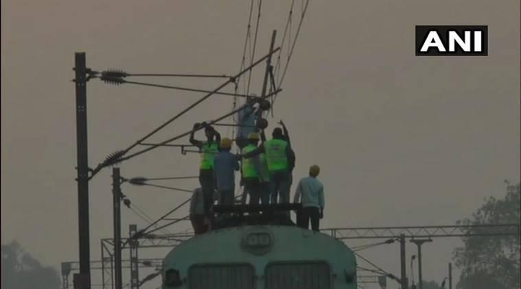 Poorva express, Howrah to New Delhi, Poorva express derails, Poorva express train accident, Howrah-New Delhi train derailment, Howrah-New Delhi Poorva Express train accident, Poorva express train accident dead, Poorva express train accident injured, kanpur train accident