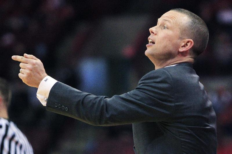 Winthrop head coach Pat Kelsey gestures to his team against Ohio State during the first half of an NCAA college basketball game, Tuesday, Dec. 18, 2012, in Columbus, Ohio. Ohio State won 65-55. (AP Photo/Jay LaPrete)