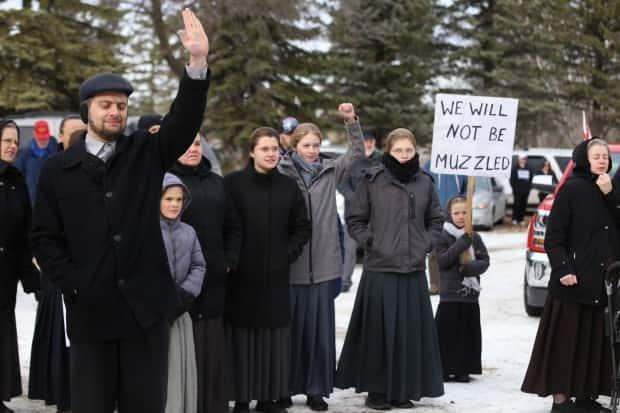 Fines issued in Manitoba as more than 100 protesters gather in Steinbach to protest COVID-19 restrictions
