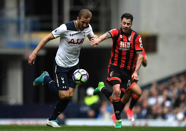 <p>Harry Kane launches another attack</p>