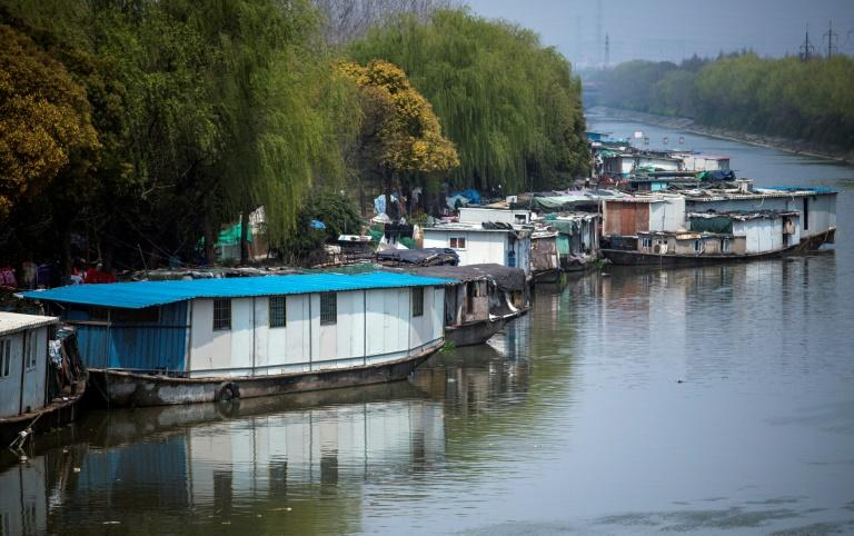 Shanghai authorities are planning a clean-up of nearly 500 small and medium-sized waterways in and around the city, part of a nationwide anti-pollution drive