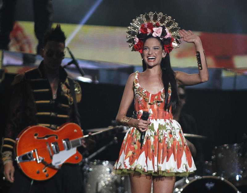 Singer Natalia Jimenez performs at the 2015 Latin Billboard Awards in Coral Gables, Florida April 30, 2015. REUTERS/Carlo Allegri