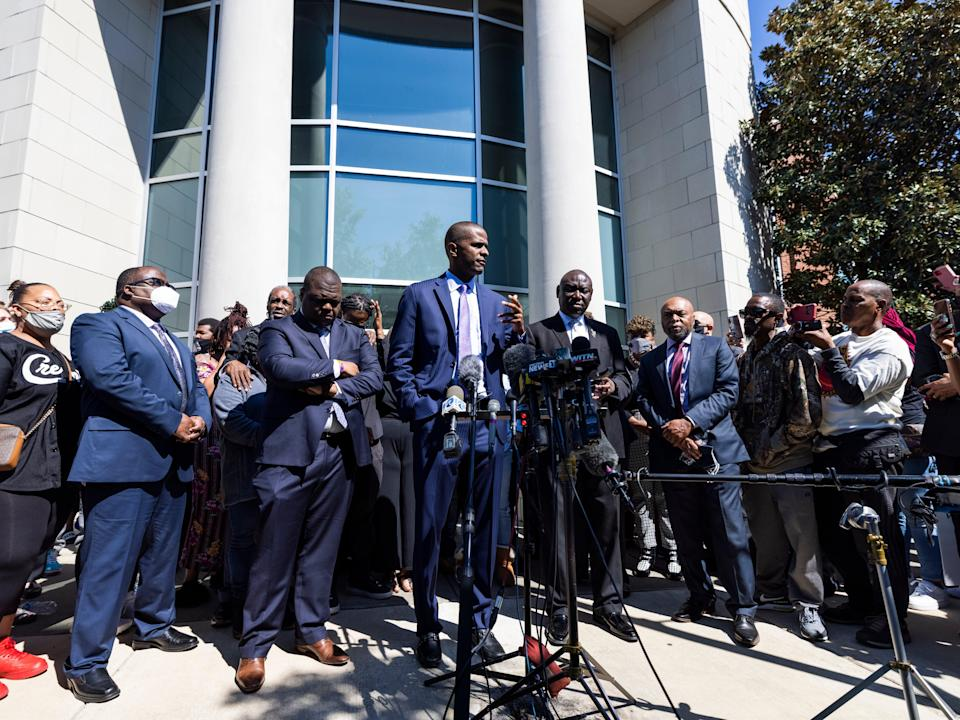 Attorney Bakari Sellers (C), who is representing the family of Andrew Brown, speaks outside the Pasquotank County Sheriff's Office in Elizabeth City, North Carolina on 26 April 2021 ((EPA))
