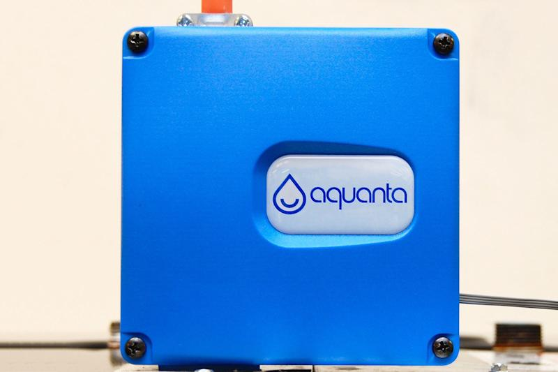 The Aquanta turns your dumb water heater smart to save energy, H2O, and money