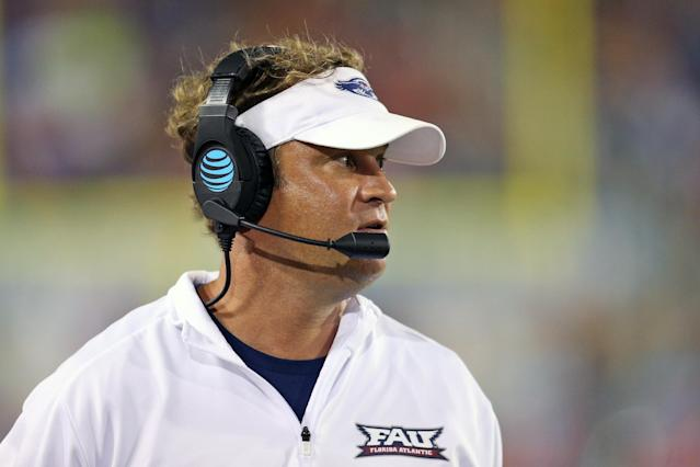 "BOCA RATON, FL – SEPTEMBER 16: Head coach Lane Kiffin of the <a class=""link rapid-noclick-resp"" href=""/ncaab/teams/fav/"" data-ylk=""slk:Florida Atlantic Owls"">Florida Atlantic Owls</a> looks during third quarter action against the <a class=""link rapid-noclick-resp"" href=""/ncaab/teams/bag/"" data-ylk=""slk:Bethune Cookman Wildcats"">Bethune Cookman Wildcats</a> on September 16, 2017 at FAU Stadium in Boca Raton, Florida. FAU defeated Bethune Cookman 45-0. (Photo by Joel Auerbach/Getty Images)"