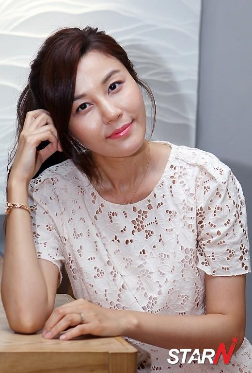 Kim Ha-neul visiting Taiwan for promotion of 'Grace of Gentleman'
