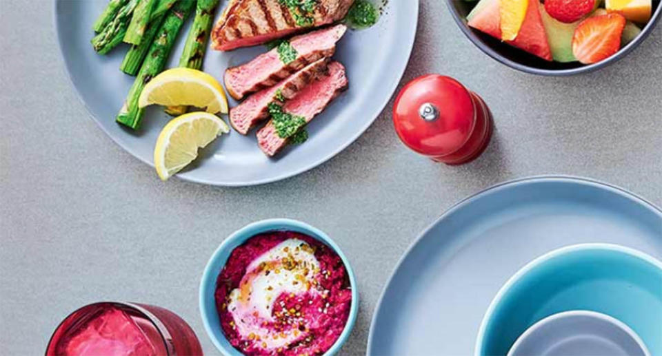Coles is set to give away plastic picnicware. Source: Coles