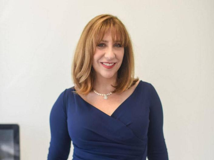 Matchmaker Laurie Berzack goes through dating prospects clients and help them with reaching out.
