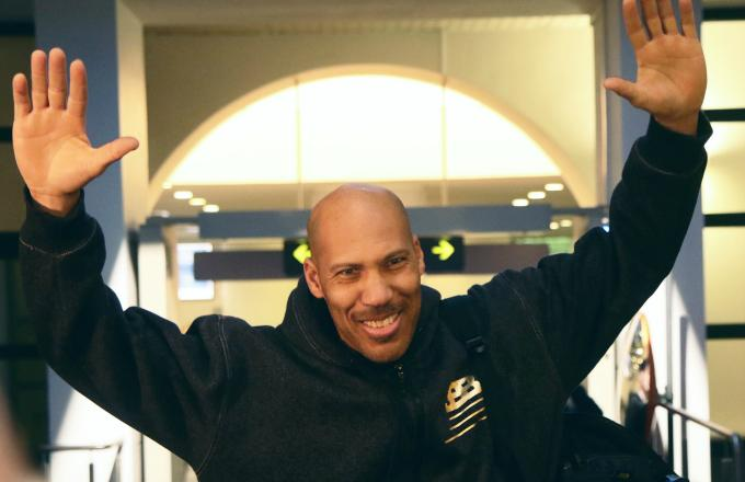 Charles Barkley rips LaVar Ball in interview