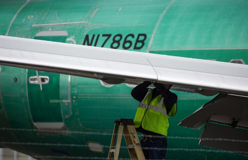 Boeing 737 Max certification to extend into 2020, FAA chief says