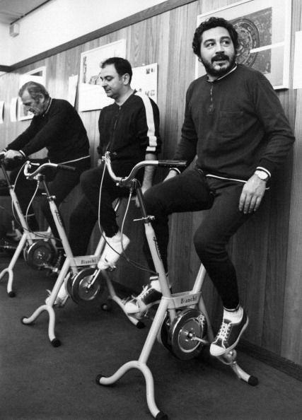 <p>Italian actor, Renzo Montagnani, warms up for his workout on a stationary bike in 1971, which was just another fitness invention during the decade. </p>