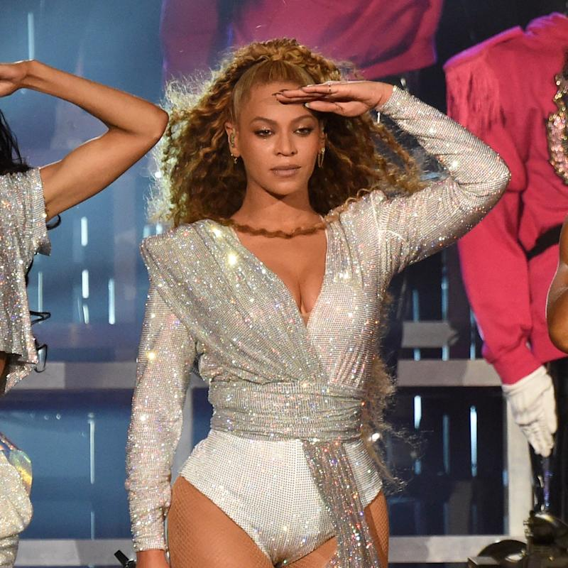 8695862c6601 Beyoncé Dominates Coachella Once Again With New Stage Outfits