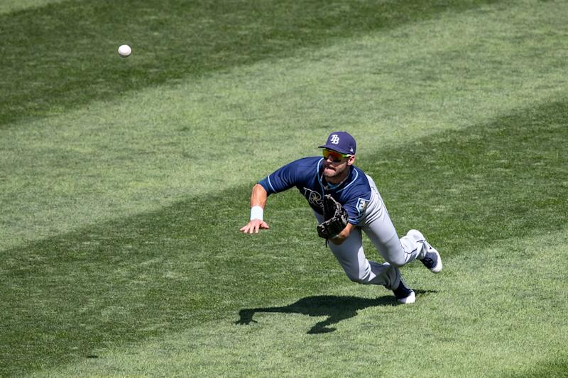 MINNEAPOLIS, MN- JULY 15: Kevin Kiermaier #39 of the Tampa Bay Rays makes a diving catch against the Tampa Bay Rays on July 15, 2018 at Target Field in Minneapolis, Minnesota. The Twins defeated the Rays 11-7. (Photo by Brace Hemmelgarn/Minnesota Twins/Getty Images)