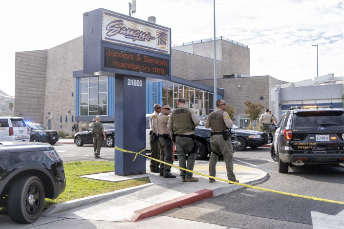 A first responders at Saugus High School after a school shooting occurred, Nov. 14, 2019.  (Photo: Hans Gutknecht/MediaNews Group/Los Angeles Daily News via Getty Images)