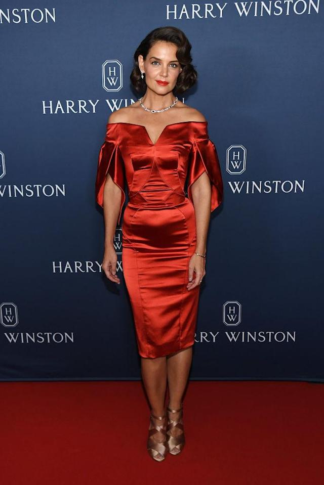 <p>On September 20, Katie Holmes channelled Old Hollywood glamour in a cold-shoulder Zac Posen dress accessorised with shoes by Alaia. <em>[Photo: Getty]</em> </p>