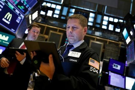 Wall Street bounces back as investors shrug off impeachment risk