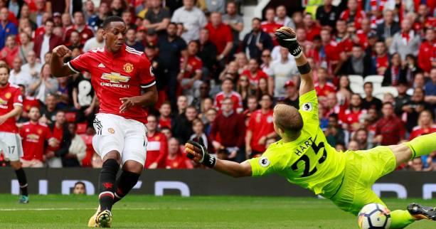 Foot - ANG - United - José Mourinho (Manchester United) a «foi» en Anthony Martial