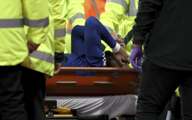 Andre Gomes' surgery on fractured ankle confirmed successful by Everton. (Nick Potts/PA via AP)