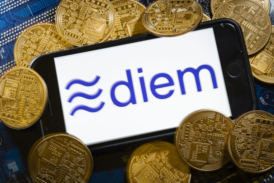 BERLIN, GERMANY - DECEMBER 07: The logo of the crypto currency Diem (formerly Libra) is displayed on a smartphone on December 07, 2020 in Berlin, Germany. (Photo by Thomas Trutschel/Photothek via Getty Images)