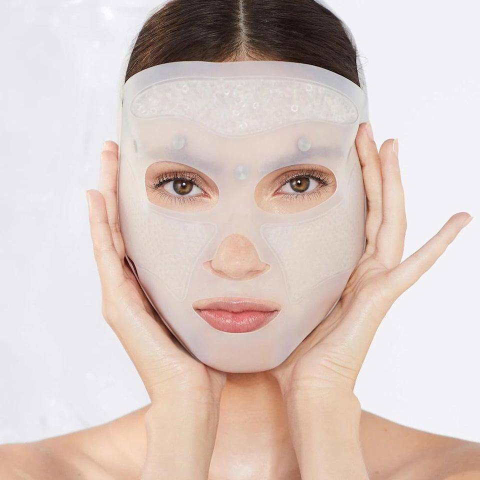 <p>If your shopping for someone who loves to pamper themselves, they'll absolutely appreicate this <span>Cryo-Recovery Lifting Face Mask with Acupressure Technology</span> ($55). It's a ten minute ice-powered resuable sheet mask that will give their skin the relaxing, instant refresh it deserves.</p>