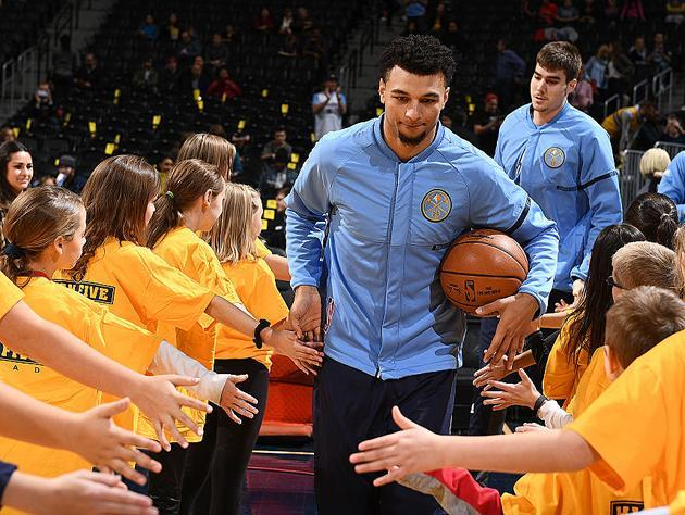 Jamal Murray attends his one-year high school reunion. (Getty Images)