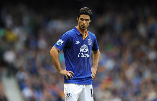 Arteta played under Moyes during his whole time at Everton.