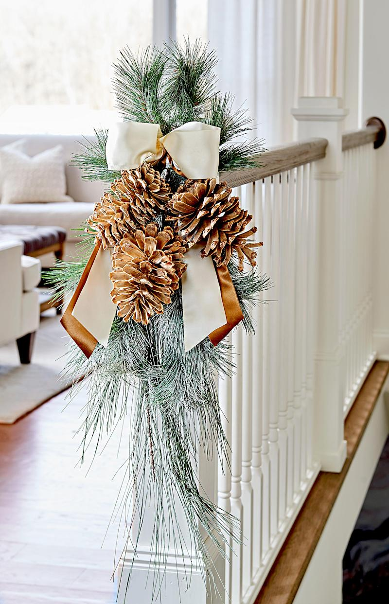 21 Festive Ideas for Decorating with Pinecones