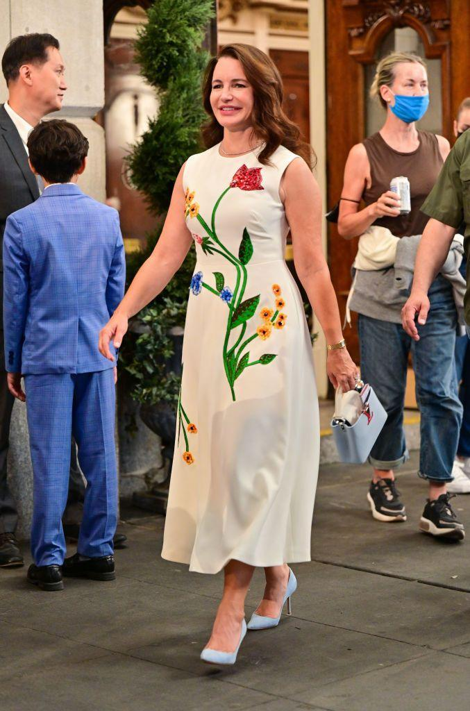 <p>Davis entered the Lyceum Theatre near the Manhattan School of Music for filming in a Lela Rose embellished garden sleeveless cocktail dress with Manolo Blahnik BB light gray suede pointed-toe pumps and a Louis Vuitton Capucines mini bag.</p>