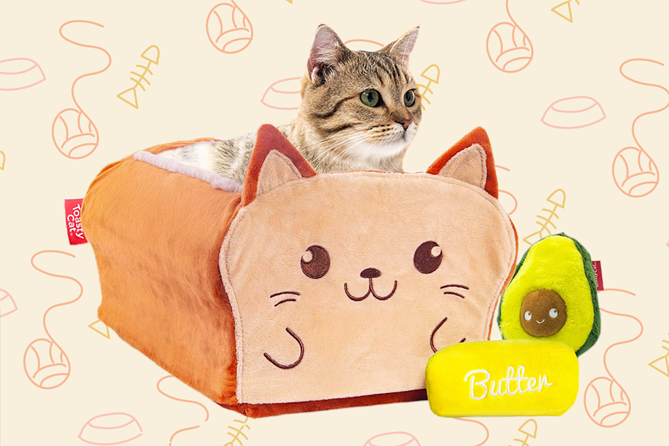Bread-Shaped Cat Bed