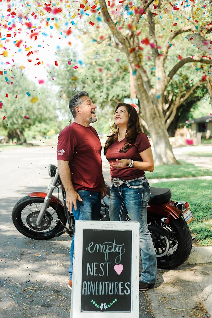 After raising four kids together, they have a lot to celebrate.&nbsp; (Photo: <a href=&quot;https://www.instagram.com/photographymelyssaanne/&quot; target=&quot;_blank&quot;>Melyssa Anne Photography </a>)