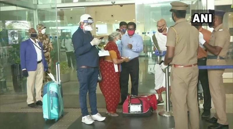 Domestic Flights Resume Across India From Today; Check State-Wise Quarantine Rules And SOPs For Passengerss