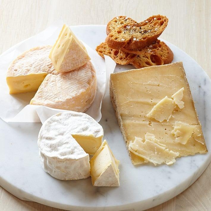 """<h2>Williams-Sonoma Jasper Hill Cheese Collection</h2> <br>So, if you want to go above and beyond for mom (or if she's already stocked in the wine department), send her this surprise cheese box for a more complete pairing experience.<br><br><em>Shop <strong><a href=""""https://www.williams-sonoma.com/shop/food/appetizers-cheese/cheese-collections/"""" rel=""""nofollow noopener"""" target=""""_blank"""" data-ylk=""""slk:Williams-Sonoma"""" class=""""link rapid-noclick-resp"""">Williams-Sonoma</a></strong> </em><br><br><strong>Williams-Sonoma</strong> Best of Cellars at Jasper Hill Cheese Collection, $, available at <a href=""""https://go.skimresources.com/?id=30283X879131&url=https%3A%2F%2Fwww.williams-sonoma.com%2Fproducts%2Fbest-of-cellars-at-jasper-hill-cheese-collection-sum-14%2F"""" rel=""""nofollow noopener"""" target=""""_blank"""" data-ylk=""""slk:Williams-Sonoma"""" class=""""link rapid-noclick-resp"""">Williams-Sonoma</a><br><br><br>"""