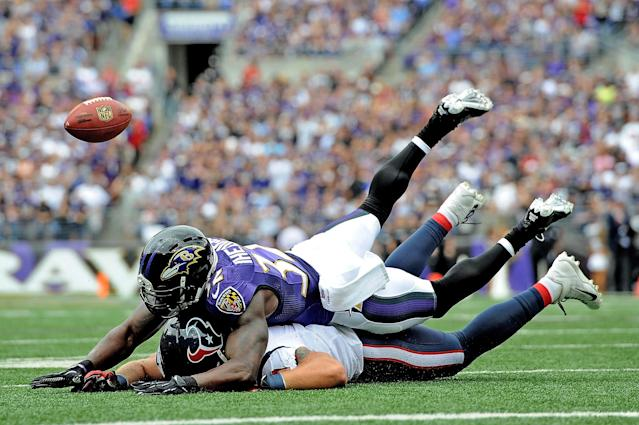 BALTIMORE, MD - SEPTEMBER 22: Strong safety James Ihedigbo #32 of the Baltimore Ravens breaks up a pass intended for tight end Owen Daniels #81 of the Houston Texans at M&T Bank Stadium on September 22, 2013 in Baltimore, Maryland. (Photo by Larry French/Getty Images)