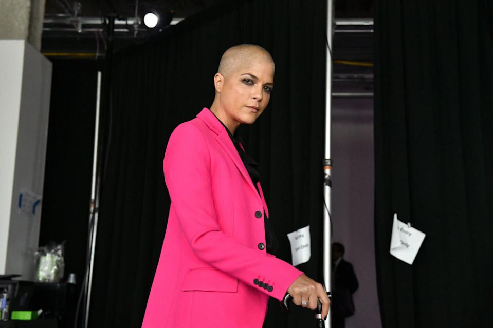 Selma Blair is embracing her new hair following regrowth after chemotherapy [Photo: Getty]