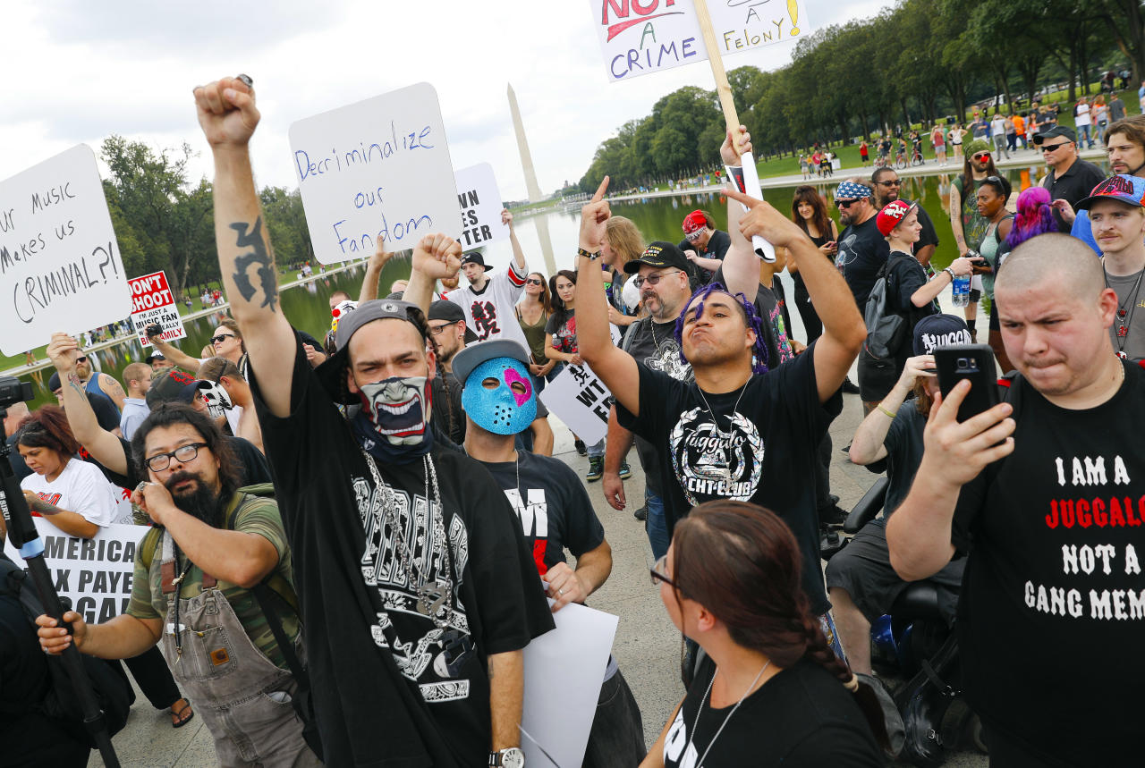 "<p>Juggalos, as supporters of the rap group Insane Clown Posse are known, gather in front of the Lincoln Memorial in Washington during a rally, Saturday, Sept. 16, 2017, to protest and demand that the FBI rescind its classification of the juggalos as ""loosely organized hybrid gang."" (Photo: Pablo Martinez Monsivais/AP) </p>"