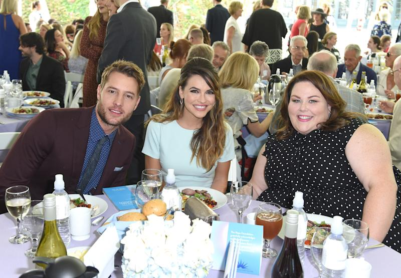"Hartley and Strause with ""This Is Us"" castmate Chrissy Metz. (Vivien Killilea via Getty Images)"