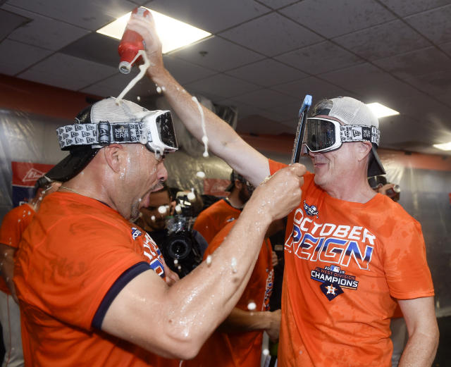 "The <a class=""link rapid-noclick-resp"" href=""/mlb/teams/houston/"" data-ylk=""slk:Houston Astros"">Houston Astros</a> are favorites to win the World Series. (AP Photo/Eric Christian Smith)"