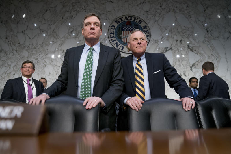 Senate Intelligence Chairman Richard Burr, R-N.C., right, and Committee Vice Chairman Mark Warner, D-Va., left, at a Senate Intelligence Committee hearing in Washington in 2018. (Photo: Andrew Harnik/AP)