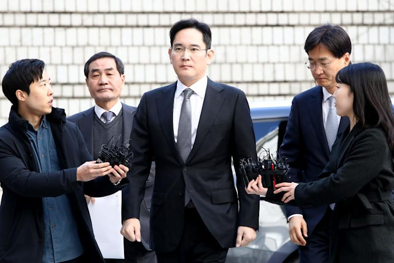 Samsung Heir Jay Y. Lee Appears At Court For Corruption Retrial