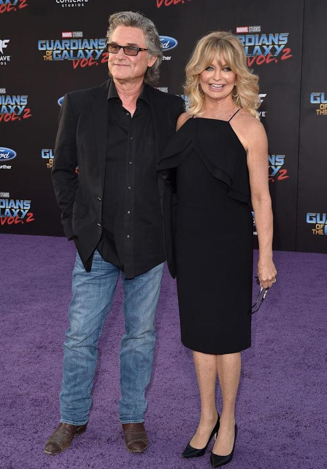 Kurt Russell and Goldie Hawn, in Christian Siriano. (Photo: Getty Images)