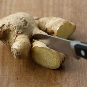 "<div class=""caption-credit""> Photo by: Amy Boulanger</div><div class=""caption-title""></div><b>Ginger-Nausea Reducer</b> <br> Many of us recognize ginger as a cooking spice, but its centuries' old uses range from aiding digestion and calming upset stomach to treating arthritis. Ginger is now recognized by many healthcare professionals for reducing nausea, particularly in the prevention and reduction of postoperative nausea and vomiting (PONV). Sources of ginger include ginger root (prepared as tea), foods and drink, and in an herbal form in extracts, capsules, and oils.<b><br></b> <p>   <b>  <a rel=""nofollow"" href=""http://wp.me/p1rIBL-1Nu"">Top Nuts for the  m emory</a></b> </p> <p>   <b> Know  <a rel=""nofollow"" href=""http://wp.me/p1rIBL-1Nn"">The Causes of Short Term Memory Loss</a></b> </p> <br>"