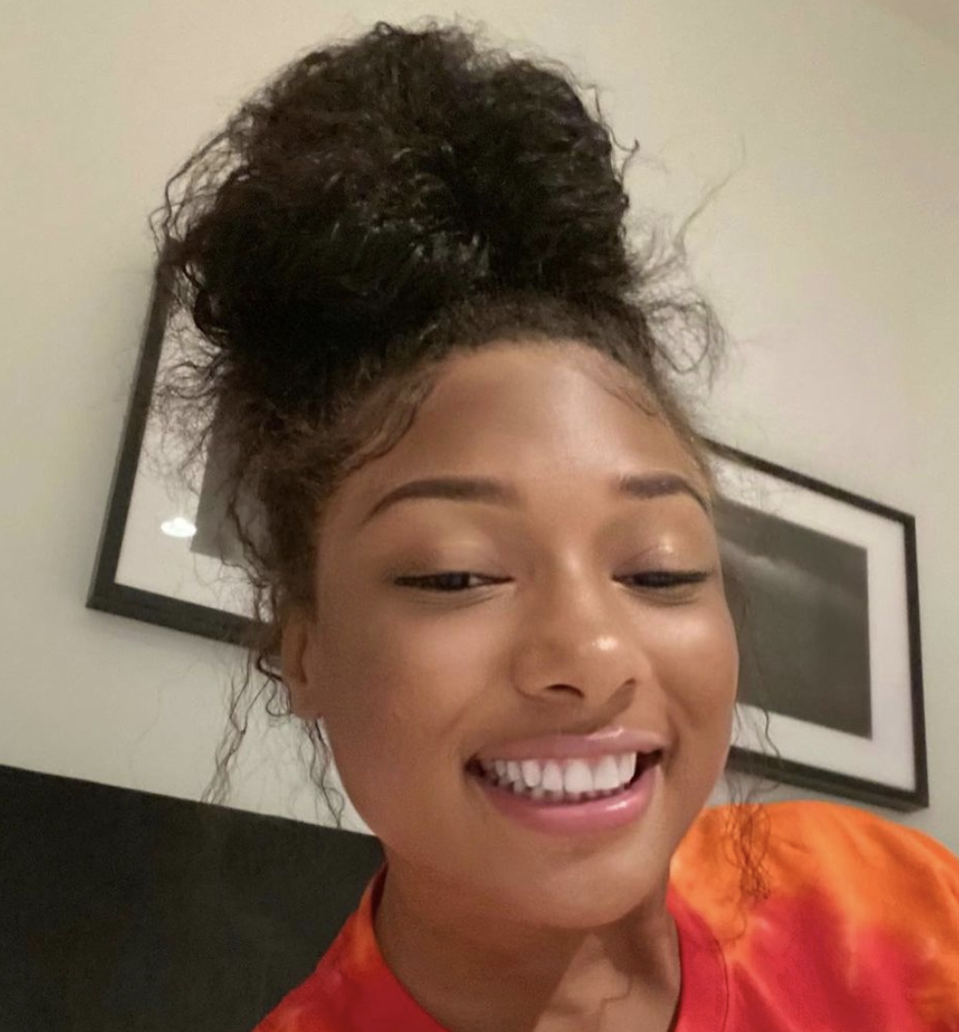 """""""Me writing songs in the bed,"""" Megan Thee Stallion <a href=""""https://www.instagram.com/p/CKc8ZgylU2j/"""" rel=""""nofollow noopener"""" target=""""_blank"""" data-ylk=""""slk:wrote in the caption"""" class=""""link rapid-noclick-resp"""">wrote in the caption</a> for this stunning makeup-free selfie. """"gn hotties."""" When are we getting that music?!"""