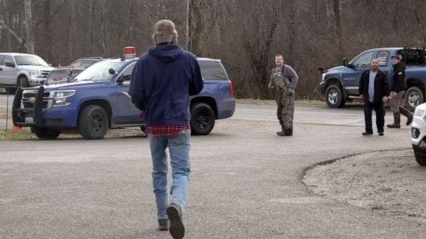 PHOTO: Volunteers congregate near the command post for the search for 5-year-old Beau Belson in Six Lakes, Mich., Dec. 26, 2019. (WZZM)