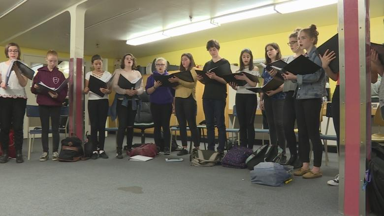 Indigenous musicians, Ottawa high school choirs join voices