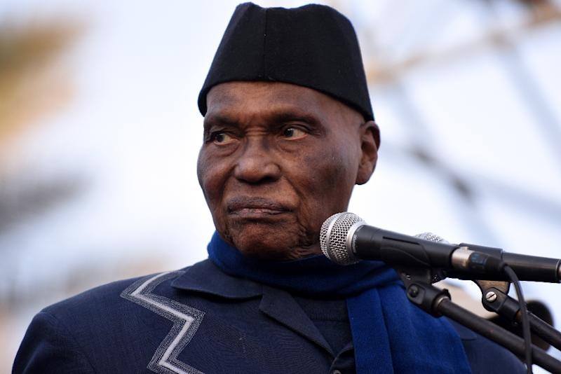 Former Senegal's president Abdoulaye Wade looks on during a meeting of the opposition Senegalese Democratic Party (Parti Democratique Senegalais, PDS) on February 4, 2015 at the Place de l'Obelisque in Dakar (AFP Photo/SEYLLOU)